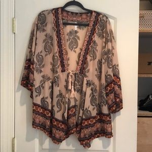 Beach coverup (paisley pattern) (tie front)